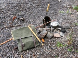pack, fireplace, axe for 1pack2go